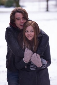 if-i-stay-chloe-moretz-jamie-blackley-399x600